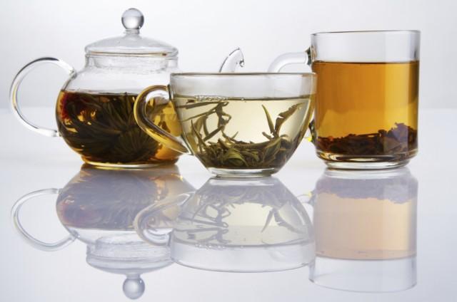 Что лучше пить в бане до и после: травяной чай, вода, квас и другие полезные напитки в парной