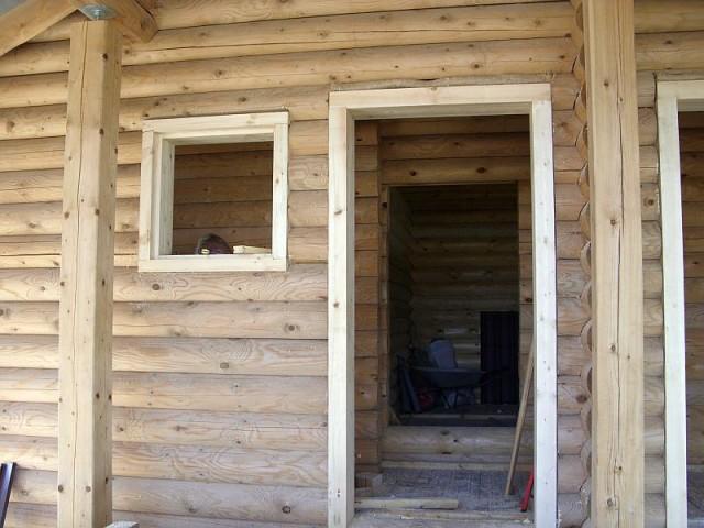 Особенности и нюансы установки дверей в баню