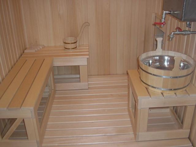 непротекающие деревянные полы в бане